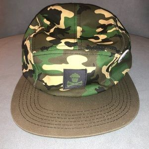 6a584ba53232c Johnny Cupcakes Accessories - Johnny cupcakes camo hat